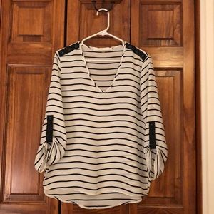 Black and white striped silky 3/4 sleeve top.